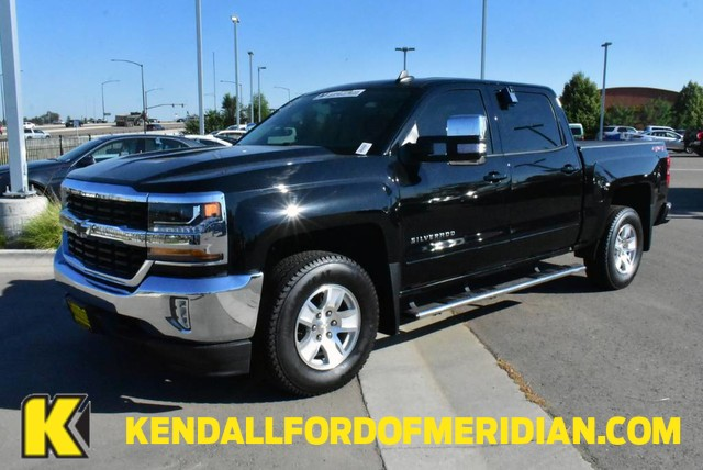 2018 Chevrolet Silverado 1500 Crew Cab 4x4, Pickup #RN21564A - photo 1