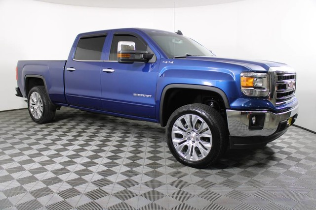 2015 GMC Sierra 1500 Crew Cab 4x4, Pickup #RN21991A - photo 4