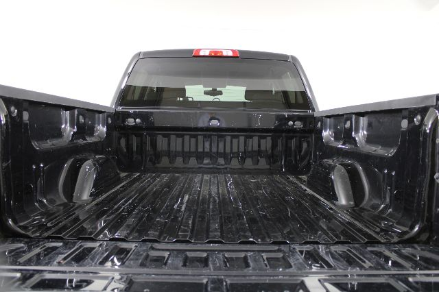 2018 Chevrolet Silverado 1500 Crew Cab 4x2, Pickup #RN22338B - photo 9