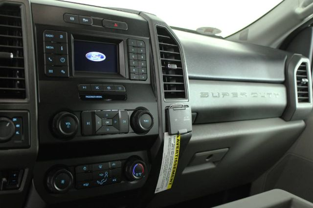2020 Ford F-450 Crew Cab DRW 4x4, Cab Chassis #RN22411 - photo 8