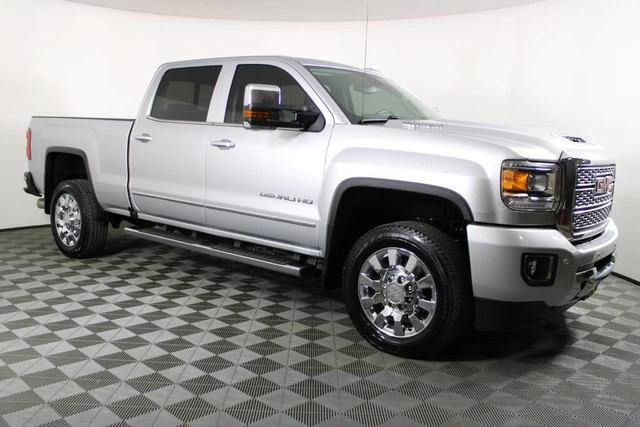 2019 GMC Sierra 2500 Crew Cab 4x4, Pickup #RN22422A - photo 4