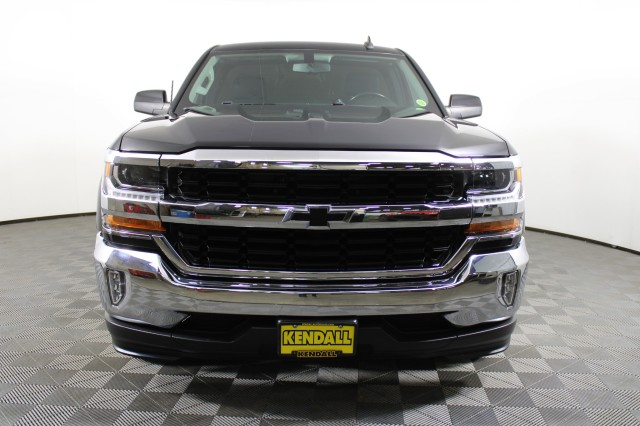 2017 Chevrolet Silverado 1500 Double Cab 4x2, Pickup #RN22648A - photo 3