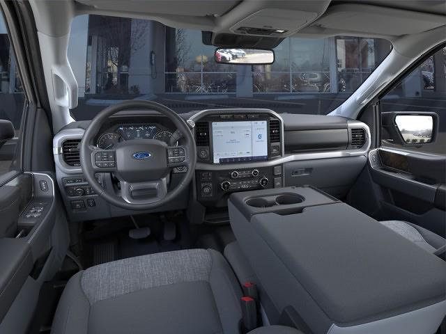 2021 Ford F-150 SuperCrew Cab 4x4, Pickup #RN23647 - photo 3