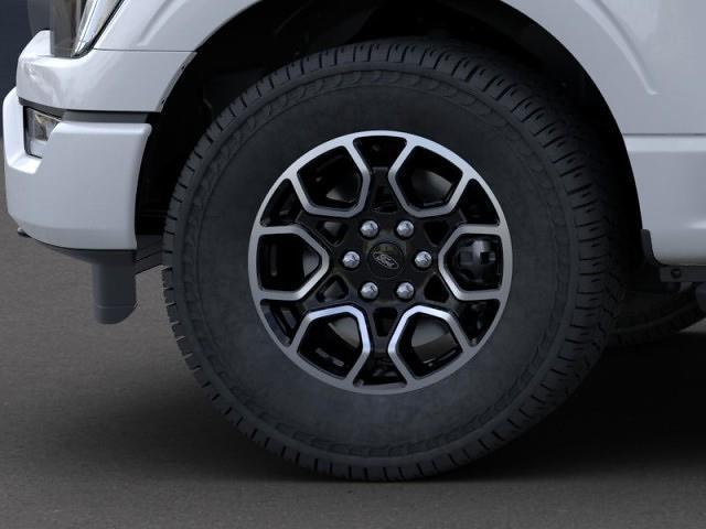2021 Ford F-150 SuperCrew Cab 4x4, Pickup #RN24132 - photo 15