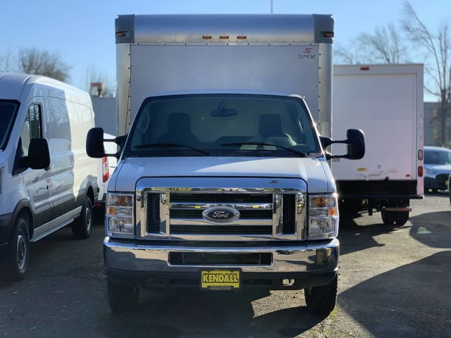 2018 E-350 4x2,  Supreme Cutaway Van #F34525 - photo 1