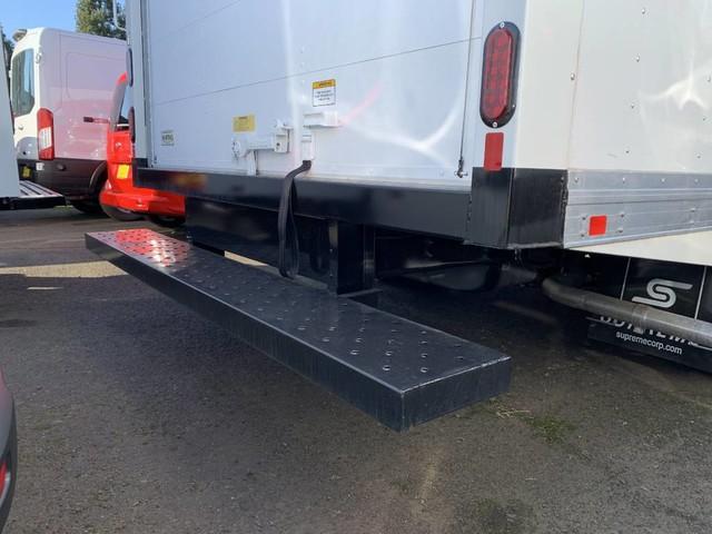 2018 E-350 4x2,  Supreme Iner-City Cutaway Van #F34525 - photo 4
