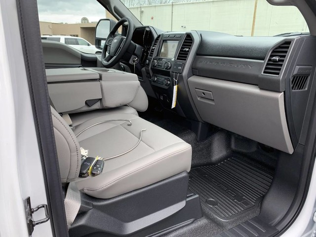 2019 F-350 Regular Cab 4x2,  Pickup #F36047 - photo 18