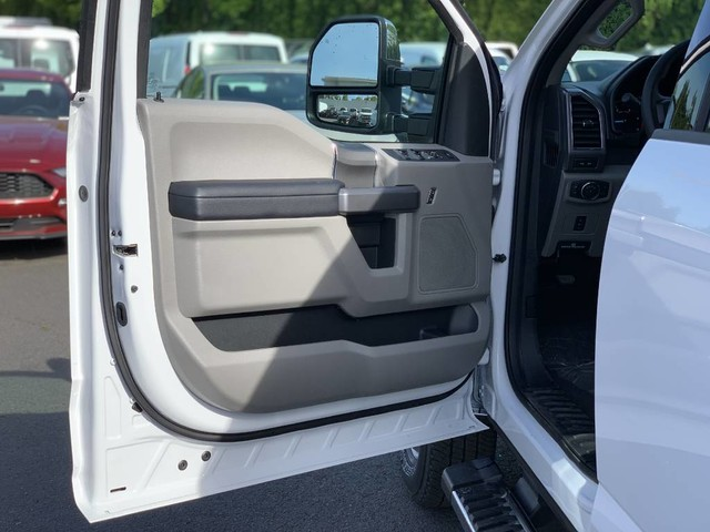 2019 F-350 Crew Cab DRW 4x4,  Pickup #F36228 - photo 20