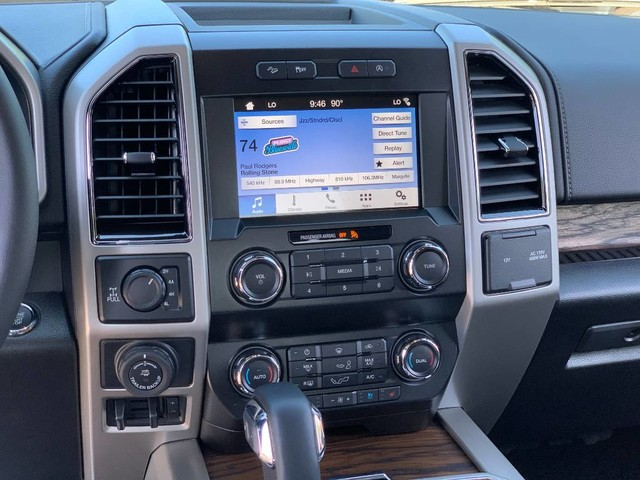 2019 F-150 SuperCrew Cab 4x4, Pickup #F36470 - photo 14