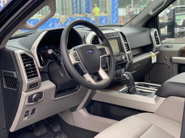 2019 F-150 SuperCrew Cab 4x4,  Pickup #F36570 - photo 8