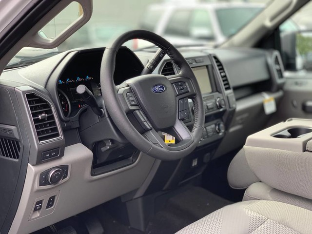 2019 F-150 SuperCrew Cab 4x4, Pickup #F36609 - photo 10