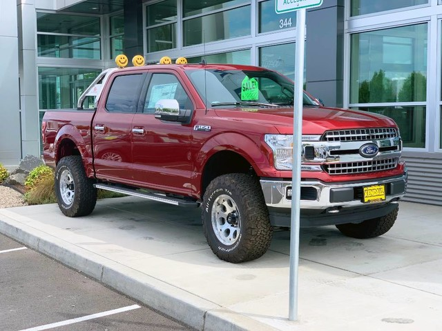 2019 Ford F-150 SuperCrew Cab 4x4, Pickup #F36781 - photo 3