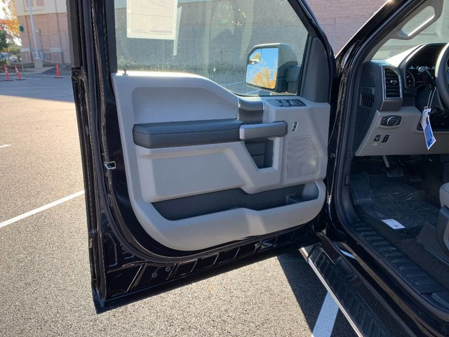 2019 F-150 SuperCrew Cab 4x4, Pickup #F36794 - photo 18
