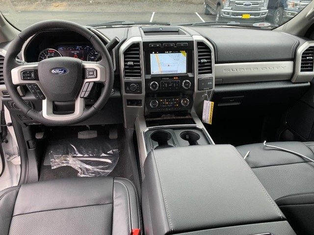 2019 F-250 Crew Cab 4x4, Pickup #F36816 - photo 15