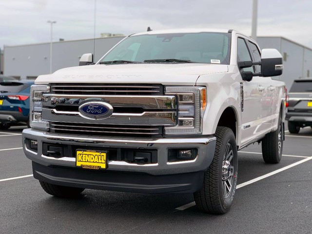2019 F-250 Crew Cab 4x4, Pickup #F36816 - photo 3