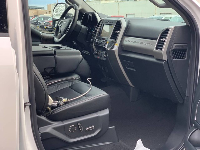 2019 F-350 Crew Cab 4x4, Pickup #F36928 - photo 20