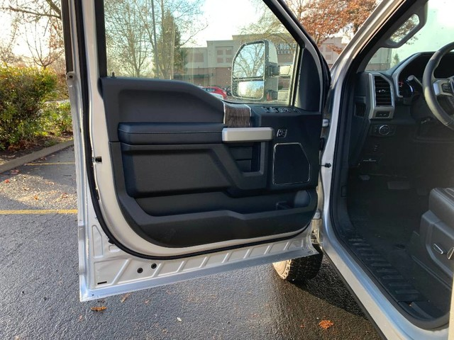 2019 F-350 Crew Cab 4x4, Pickup #F36973 - photo 14
