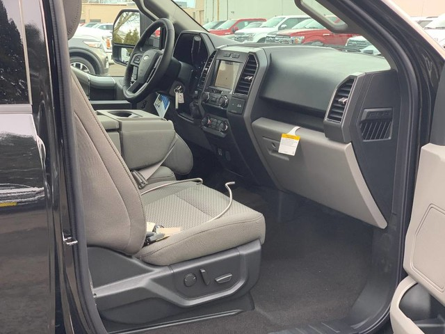 2019 F-150 SuperCrew Cab 4x4, Pickup #F37032 - photo 21