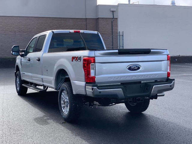 2019 F-250 Crew Cab 4x4, Pickup #F37039 - photo 1