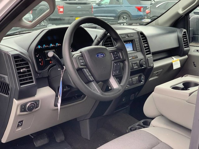 2019 F-150 SuperCrew Cab 4x4, Pickup #F37213 - photo 8