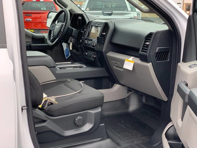2019 F-150 SuperCrew Cab 4x4, Pickup #F37232 - photo 19
