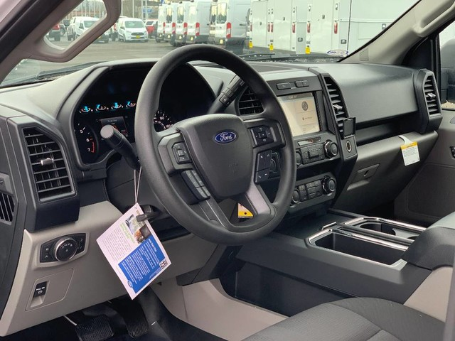 2019 F-150 SuperCrew Cab 4x4, Pickup #F37232 - photo 8
