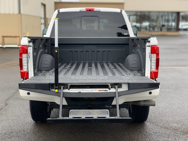 2019 F-250 Crew Cab 4x4, Pickup #F37318 - photo 21