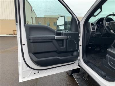 2019 F-250 Crew Cab 4x4, Pickup #F37318 - photo 16