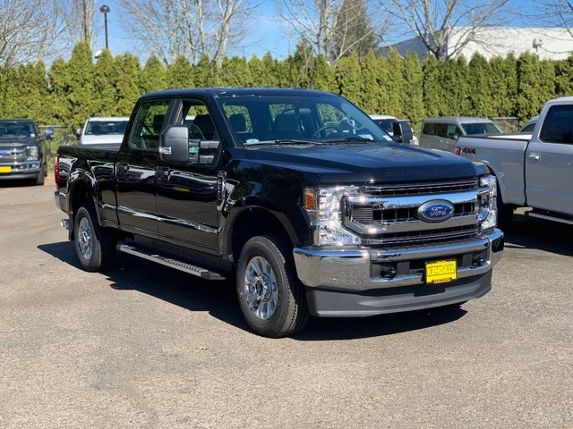 2020 F-250 Crew Cab 4x4, Pickup #F37378 - photo 4