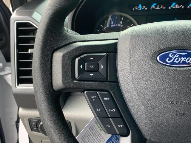 2020 Ford F-150 SuperCrew Cab 4x4, Pickup #F37416 - photo 10