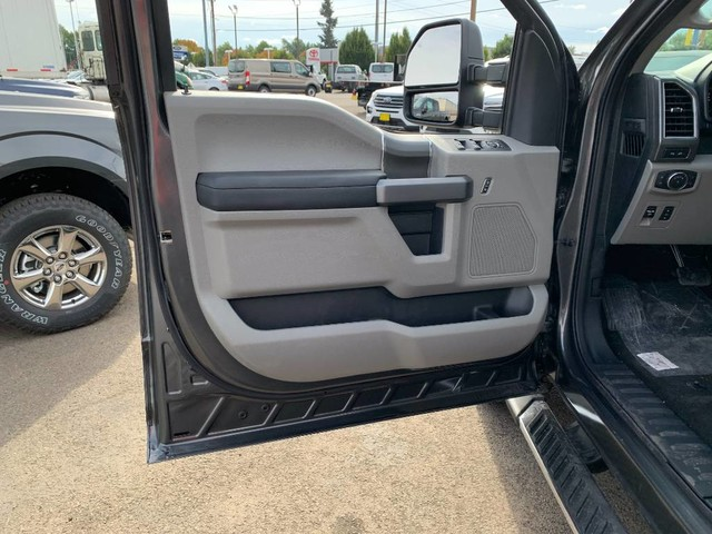 2020 Ford F-150 SuperCrew Cab 4x4, Pickup #F37823 - photo 13