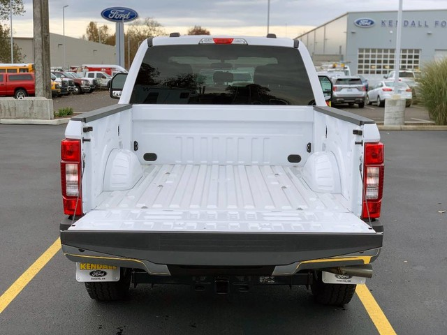 2020 Ford F-250 Crew Cab 4x4, Pickup #F37925 - photo 18