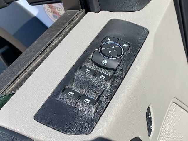 2021 Ford F-450 Super Cab DRW 4x4, Platform Body #F38524 - photo 16