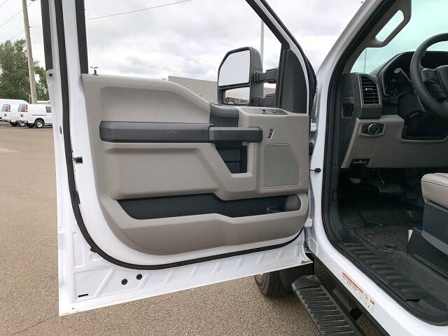 2021 Ford F-550 Regular Cab DRW 4x4, Contractor Body #F38617 - photo 15