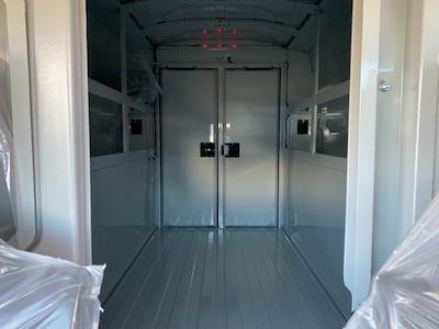 2021 Ford Transit 350 4x2, Cutaway #F38746 - photo 17