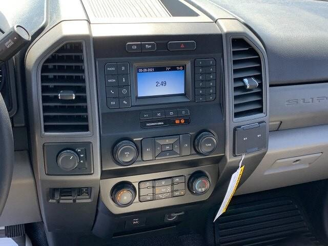 2021 Ford F-550 Regular Cab DRW 4x4, Knapheide PGNB Gooseneck Platform Body #F38815 - photo 11