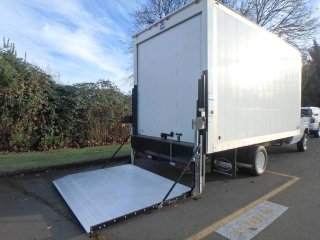 2017 E-450 4x2,  Cutaway Van #FC22998 - photo 8