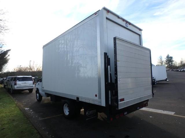 2017 E-450 4x2,  Cutaway Van #FC22998 - photo 2