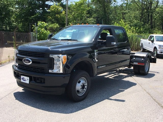 2017 F-350 Crew Cab DRW 4x4,  Cab Chassis #30938 - photo 3