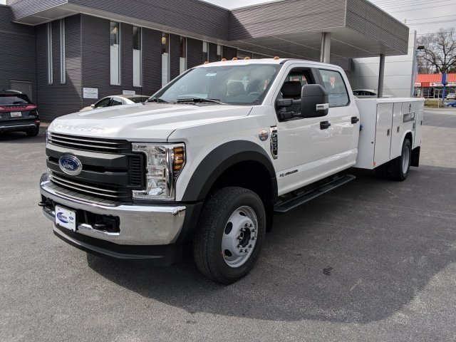 2018 F-550 Crew Cab DRW 4x4,  Reading Classic II Steel Service Body #40374 - photo 3