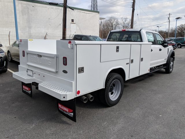 2018 F-550 Crew Cab DRW 4x4,  Reading Classic II Steel Service Body #40374 - photo 4