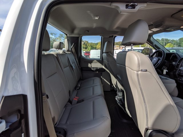 2019 F-350 Super Cab 4x4,  Reading Classic II Steel Service Body #46104 - photo 7
