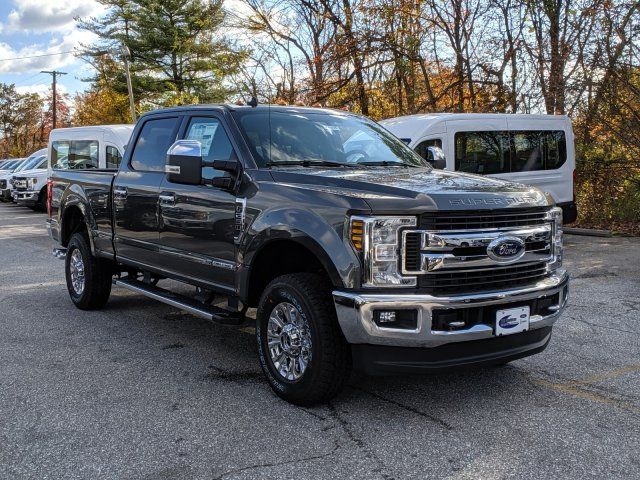 2019 F-250 Crew Cab 4x4, Pickup #46305 - photo 4