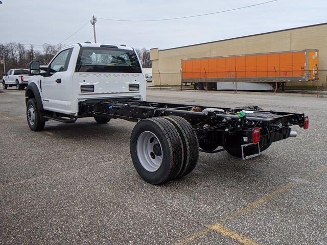 2021 Ford F-600 Regular Cab DRW 4x2, Cab Chassis #60106 - photo 3