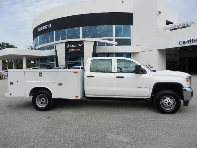 2019 Sierra 3500 Crew Cab DRW 4x2,  Reading Service Body #206215T - photo 4