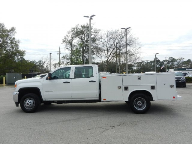 2019 Sierra 3500 Crew Cab DRW 4x2,  Reading Service Body #206215T - photo 5