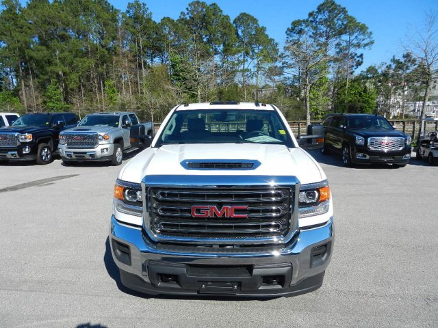 2019 Sierra 3500 Regular Cab DRW 4x4,  Cab Chassis #225490T - photo 3