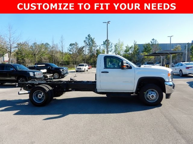 2019 Sierra 3500 Regular Cab DRW 4x4,  Cab Chassis #225490T - photo 4