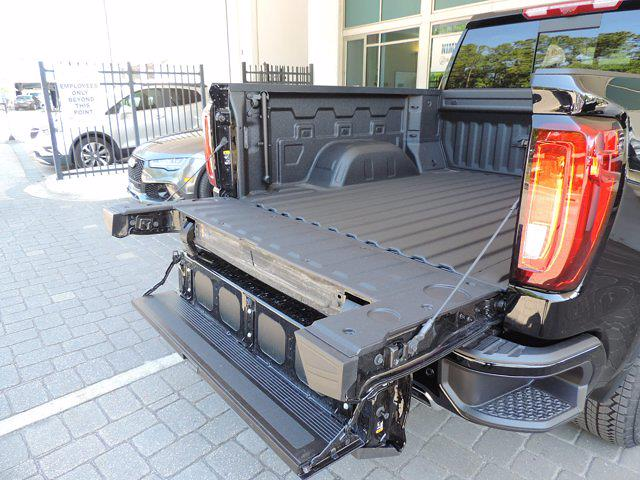 2021 GMC Sierra 1500 Crew Cab 4x4, Pickup #273246T - photo 12