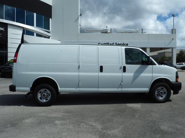 2019 Savana 2500 4x2,  Empty Cargo Van #317862T - photo 9